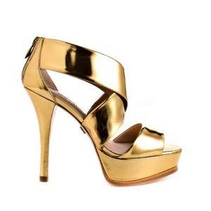 POUR LA VICTOIRE ~ Tifara gold platform heel